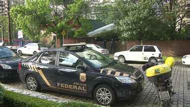 Polícia faz buscas no escritório do ex-governador e ex-prefeito de Curitiba Jaime Lerner - A suspeita é de fraude em uma licitação na construção de um sistema de transporte rápido por ônibus em Tocantins.