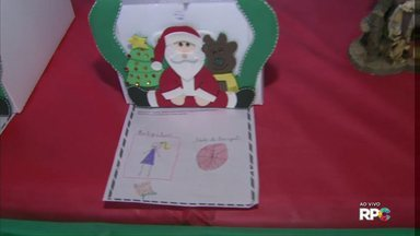 Moradores já podem retirar cartinhas do Papai Noel nos correios - São mais de 1000 pedidos de presentes.