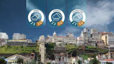 Previsão do tempo: litoral baiano deve ter fim de semana de chuva - Capital baiana teve dia nublado e com chuva em algumas áreas.
