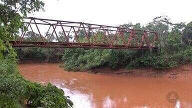 Ponte de ferro no Distrito da Guia precisa de manutenção - Ponte de ferro no Distrito da Guia precisa de manutenção.