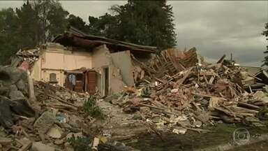Nova Zelândia registra centenas de tremores secundários após terremoto - Pelo menos duas pessoas morreram no terremoto do domingo (13).