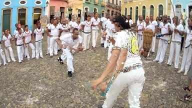 Hoje é dia de consciência negra: capoeira - Alexandre Henderson conta a trajetória dessa luta e dança, que se confunde com a história da escravidão no nosso país.