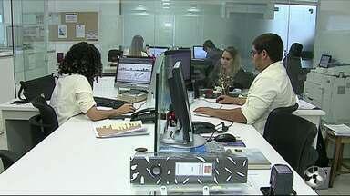 Crise não afeta número de vagas de estágio - De acordo com o IBGE, 1 milhão de vagas de estágio estão ocupadas no Brasil.