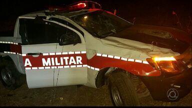 Viatura da Polícia Militar capota na Paraíba - O acidente foi entre os municípios de Cacimba de Dentro e Solânea.