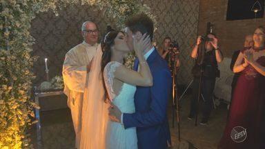 Capitão conquista título da Copa Paulista pelo XV de Piracicaba no dia do casamento - Clayton se casou com a noiva Nathaly Garcia no dia em que o time conseguiu ser campeão da Copa Paulista.