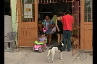Pacientes denunciam problemas de atendimento no posto do Guamá, em Belém - Doentes reclamam da demora na marcação de consultas, entrega de exames e da falta de remédios.
