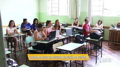 Depois de 41 dias, voltaram hoje as aulas na Unespar em União da Vitória - O campus da universidade estava sem aula por causa de uma ocupação.