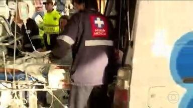 Lateral Alan Ruschel corre o risco de ficar paraplégico - Jogador foi levado direto para a cirurgia. O zagueiro Neto também foi para o hospital, em estado crítico.