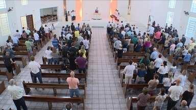 Mortos em acidente com avião da Chapecoense são homenageados na capital - Mortos em acidente com avião da Chapecoense são homenageados na capital