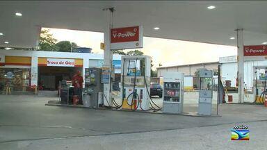 Petrobrás anuncia novo aumento no preço do combustível - Reajuste será de 8,1% na gasolina e de 9,5% no diesel; altas recentes da cotação do petróleo motivaram decisão.