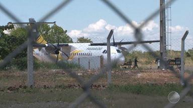 Passageiros reclamam da estrutura do aeroporto de Barreiras, no oeste do estado - Faltam, por exemplo, sala de espera e ar condicionado. Confira na reportagem.