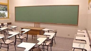 Evasão de alunos das universidades preocupa: 6,5 mil desistiram de cursos em 2015 em MS - Três principais instituições do estado registraram alto índice de evasão universitária.