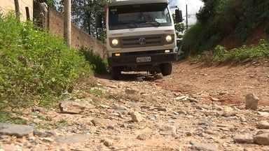 Rua do bairro Boa Vista, em BH, continua sem infraestrutura 3 anos após denúncia do MGTV - O problema parece não ter solução. O MGTV voltou ao local três anos depois.