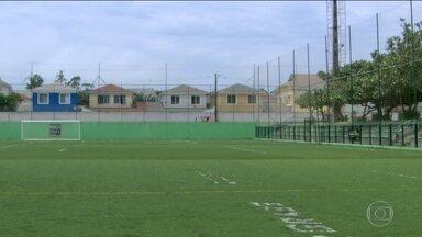 Flamengo treina no gramado sintético para jogo contra Atlético-PR e busca vice-campeonato - De volta do Peru, Guerrero vai para o jogo.