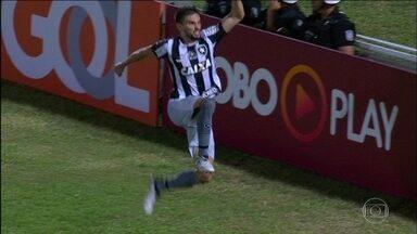 Três times brigam por duas vagas na próxima edição da Taça Libertadores da América - Atlético-PR, Botafogo e Corinthians estão na briga pela fase prévia.
