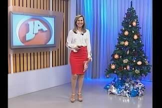 Mensagens para Árvore de Natal - Desafio do Bem recebe alimentos.