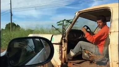Carros velhos e sem manutenção colocam motoristas e pedestres em risco, em Goiás - Detran diz que estuda forma de vistoriar carros com mais de 5 anos.