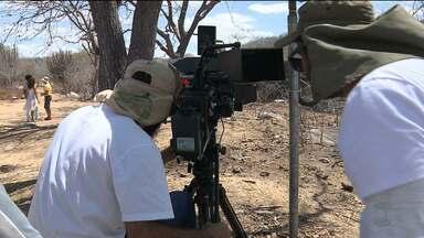 Mais um filme é gravado em Cabaceiras, a 'Roliúde nordestina' - O longa-metragem 'Beiço de Estrada' é dirigido pelo paraibano Eliézer Rolim e retrata a prostituição infantil nas estradas.