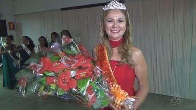 Em Parintins, no AM, evento mostra beleza de mulheres da terceira idade - Houve escolha da miss melhor idade do Liceu de Artes e Ofício do município.
