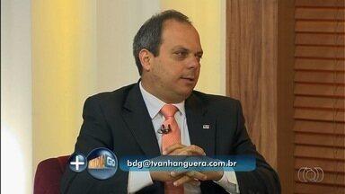 Advogado orienta consumidores sobre os direitos dos passageiros - Vice-presidente da Comissão do Direito do Consumidor da OAB-GO, André Cortês responde a perguntas de telespectadores.