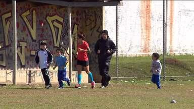 Série do Globo Esporte mostra que corrida leva longe os sonhos de criança - Revelada em projeto ganha destaque em corridas de rua