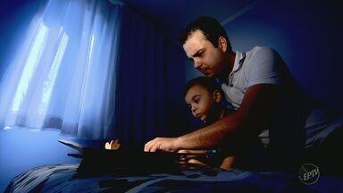 Série mostra exemplos de pais que deixaram tudo para trás por amor aos filhos - Série mostra exemplos de pais que deixaram tudo para trás por amor aos filhos