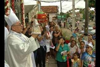 Cerca de duas mil pessoas participaram do Círio do Menino Deus, em Marituba - A romaria faz homenagem ao padroeiro da cidade.