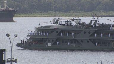Navio de assistência hospitalar da Marinha parte rumo a serviços no interior do AM - População de cidades amazonenses vai receber serviços de saúde nos próximos dias.