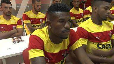 Internacional empresta dois jogadores ao Vitória - Além dos dois, clube baiano anunciou zagueiro Fred, do Grêmio.