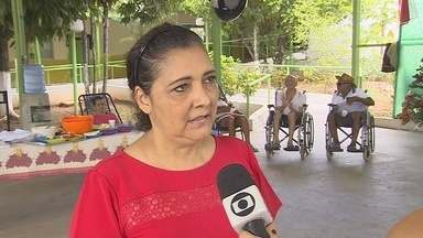 Há 15 anos voluntária se dedica à Casa do Ancião em Porto Velho - Socorro Neves dedica um pouco do seu tempo para ajudar os idosos.