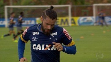 Com uma partida a cada três dias, Cruzeiro intensifica preparação na Toca - Com uma partida a cada três dias, Cruzeiro intensifica preparação na Toca