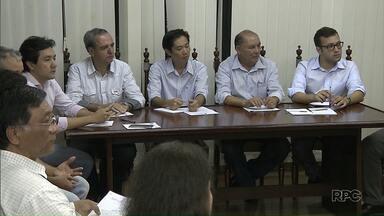 Câmara discute novo incidente envolvendo vereador e médicos de UPA de Londrina - Émerson Petriv, conhecido como Boca Aberta, se envolveu em uma nova confusão - a segunda da semana - com médicos de uma unidade de Saúde.