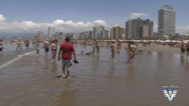 Moradores e turistas aproveitam sábado nas praias da região - Dia de sol facilitou para aproveitar o dia na praia.