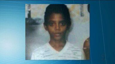 Menino de 13 anos morre soterrado ao trabalhar retirando areia em terreno na Paraíba - Acidente aconteceu na cidade de Sousa, no Sertão.