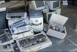 Projeto da Emater recebe lixo eletrônico e ainda ajuda tratamento de criança - Descarte do lixo eletrônico deve ser feito com cuidado para evitar contaminação na natureza.