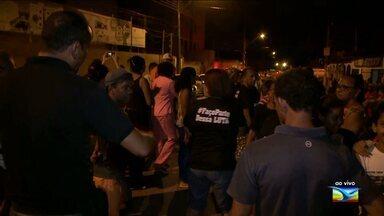 Moradores contrários a implantação da Funac encerram bloqueio de ruas na Aurora - Moradores contrários a implantação da Funac encerram bloqueio de ruas na Aurora