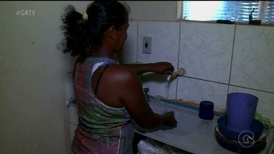 Comunidade aproveita doação de água em Petrolina - As doações foram feitas em dezembro