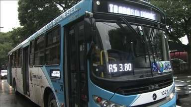 Justiça barra aumento da tarifa de passagem de ônibus em Guarulhos - A prefeitura tinha anunciado aumento da tarifa, mas, a justiça barrou. A prefeitura disse que não tinha sido notificada e que ia aumentar sim, mas depois voltou atrás. Até esta sexta-feira (20), a passagem estava custando R$ 3,80.