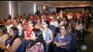 Jornalista Carol Barcellos lança livro no Piauí e dá palestra sobre superação em hospital - Jornalista Carol Barcellos lança livro no Piauí e dá palestra sobre superação em hospital