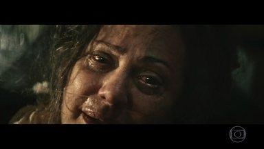 Zana tem visões e pergunta pelos filhos antes de morrer - A matriarca enxerga pessoas mortas e preocupa Rânia, Nael e Domingas