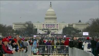 Campanha que Trump venceu é uma das mais divisivas da história recente americana - O racha político estava presente nas ruas de Washington no dia da posse.