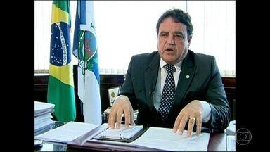 Justiça bloqueia bens do ex-secretário de Administração Penitenciária do RJ - César Rubens é acusado de participar de um esquema que desviou milhões de reais dos cofres públicos.