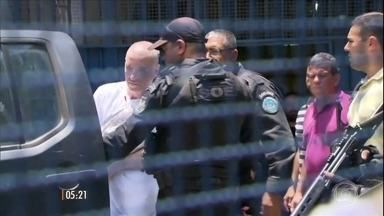 Ex-bilionário Eike Batista passa a primeira noite no presídio de Bangu - O empresário, preso pela Lava Jato, divide uma cela com outros seis presos pela maior operação anticorrupção da história do Brasil.