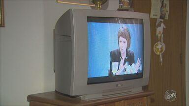 TV Digital: saiba como realizar o descarte correto do seu aparelho analógico antigo - Com a chegada do sinal digital na região, muitas pessoas optam por adquirir um novo aparelho, mas a atenção para o descarte desse material deve ser redobrada.