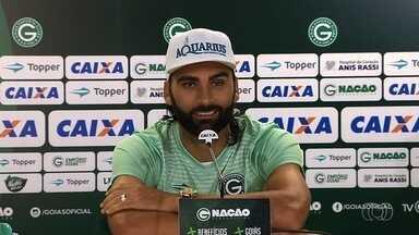 Artilheiro do Goianão, Léo Gamalho curte grande fase no Goiás - Atacante tem cinco gols em quatro jogos no estadual
