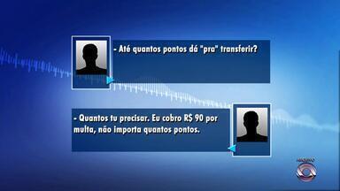 Motoristas de aluguel recebem pontos de multas na CNH - Troca ilegal de pontos é feita por R$ 90 reais.