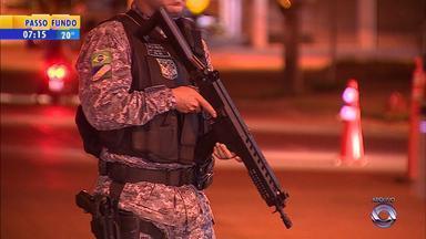 Chegada dos 129 agentes da Força Nacional a Porto Alegre é adiada - Profissionais precisaram ser transferidos para o Espírito Santo.