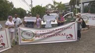 Terceirizados da saúde demitidos protestam em Manaus - Ato ocorreu na manhã desta quarta (15) em frente à sede do Governo.