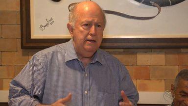Diretor-presidente da TV Sergipe, Albano Franco, é homenageado em Alagoinhas - Diretor-presidente da TV Sergipe, Albano Franco, é homenageado em Alagoinhas por contribuição para o desenvolvimento econômico do Brasil.