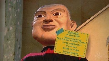 Exposição 'Lá vem o Frei' entra em cartaz em Manaus - Evento reúne peças emblemáticas do carnaval.